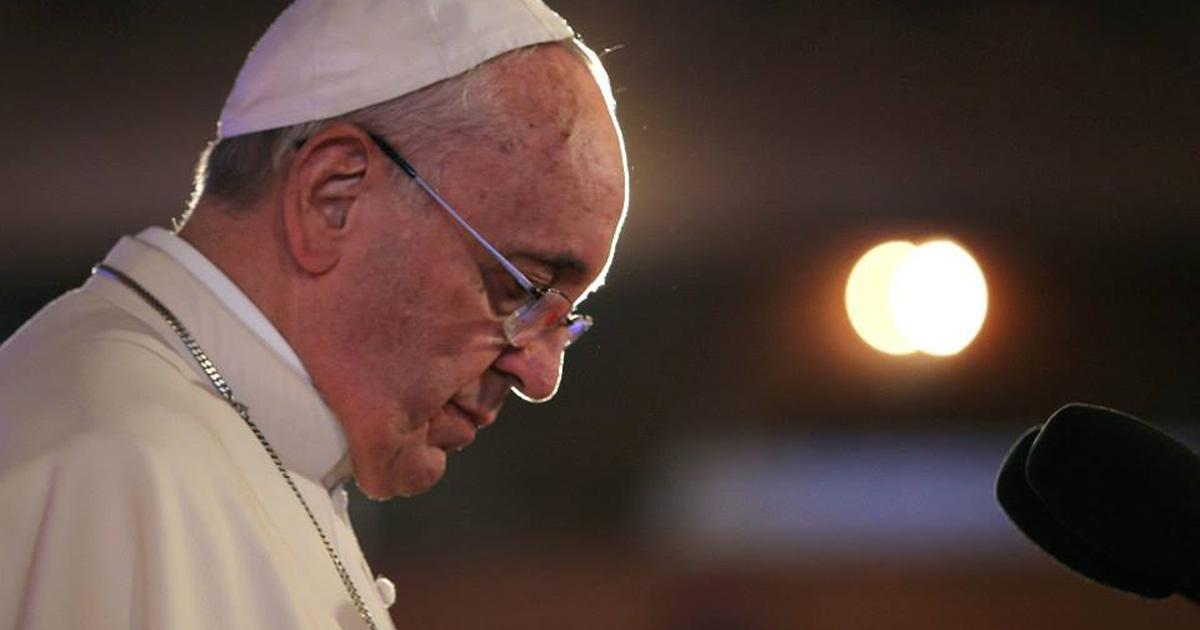 «Dieu vous a créé tel que vous êtes et il vous aime»: les paroles du pape à un homosexuel font controverse