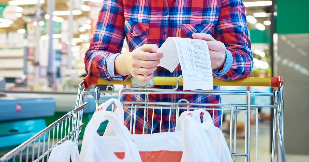 Vous devez absolument jeter un coup d'oeil ici avant d'aller faire votre épicerie pour économiser gros.