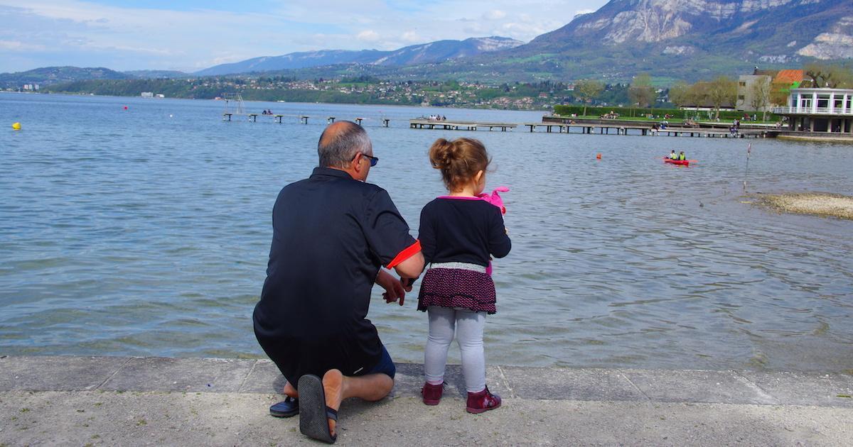 Les parents les plus stricts deviennent les grands-parents les plus permissifs, selon une étude