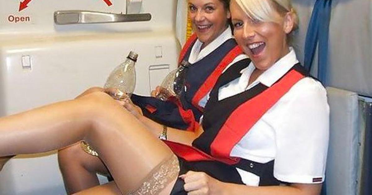 20 photos d'hôtesses de l'air qui en montrent beaucoup plus que ce que les clients demandent