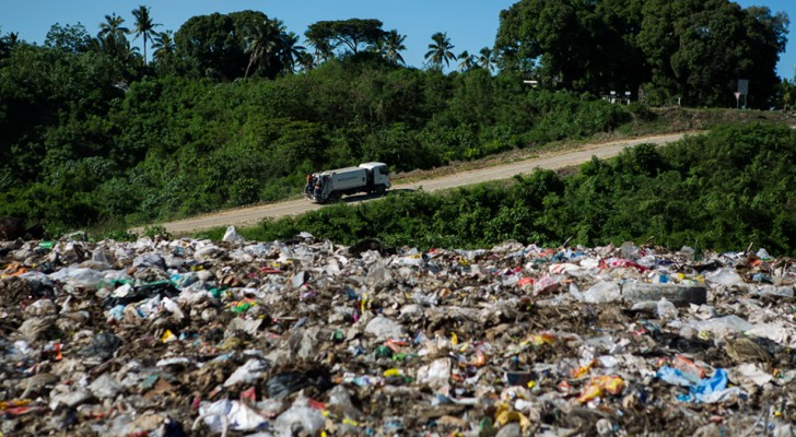 La Malaisie renvoie plus de 3 000 tonnes de déchets plastiques aux pays d'origine