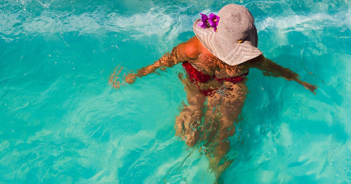Voici pourquoi uriner dans la piscine est une mauvaise idée