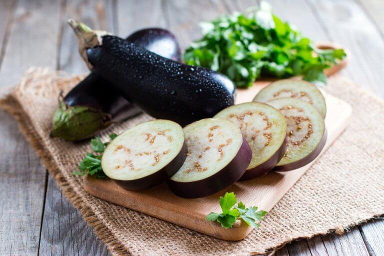 Découvrez comment faire des aubergines panées — Améliore ta Santé