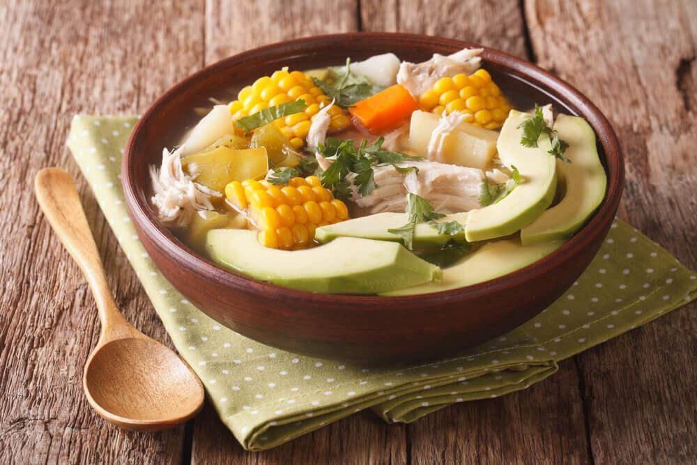 Comment préparer un délicieux ajiaco — Améliore ta Santé