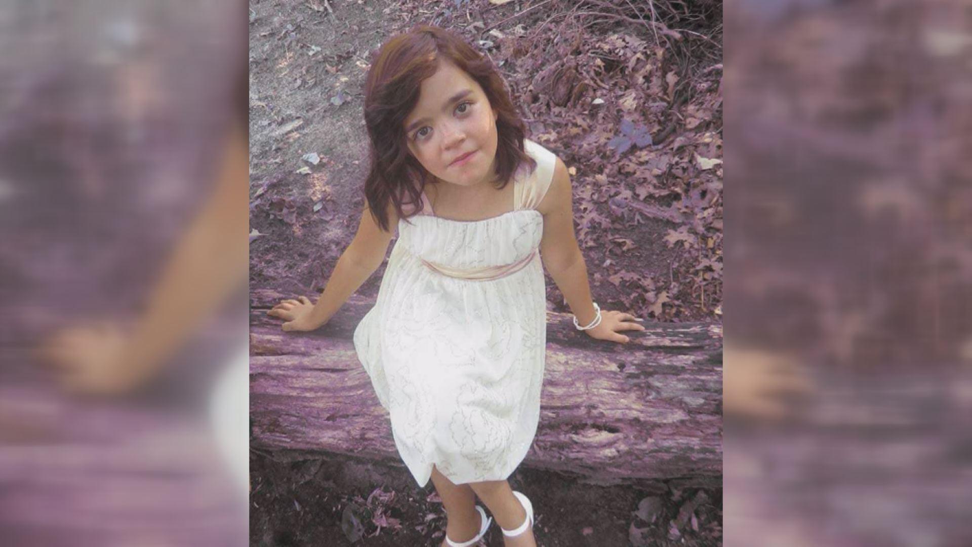 La famille d'une petite fille décédée d'une méningite demande aux parents de vérifier les symptômes