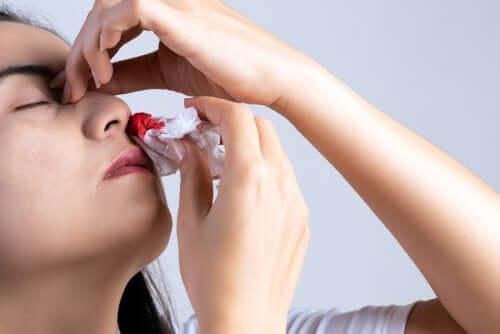 Saignements de nez : 10 causes principales — Améliore ta Santé