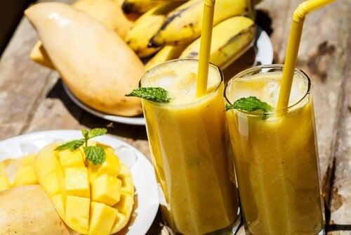 5 smoothies énergisants pour surpasser la fatigue — Améliore ta Santé