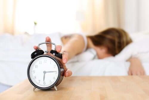 Fatigue au réveil : quelles sont les causes ? — Améliore ta Santé