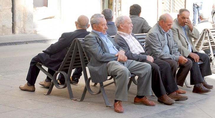 Coronavirus : le taux de mortalité si élevé en Italie pourrait être dû à la moyenne d'âge élevée de sa population