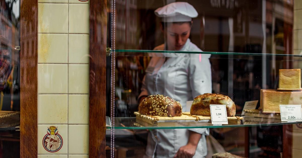 Confinée, une femme accouche dans sa boulangerie