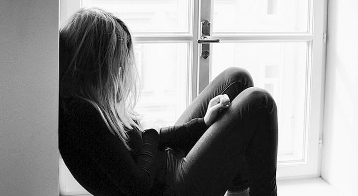 Peur de sortir : quand on ressent de l'anxiété à l'idée de passer la porte de sa maison