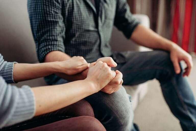 Que faire et dire si votre partenaire souffre de dépression – Améliore ta Santé