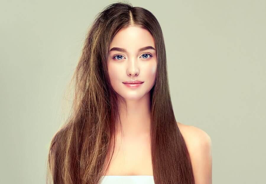 6 secrets pour avoir des cheveux sains et soyeux – Améliore ta Santé