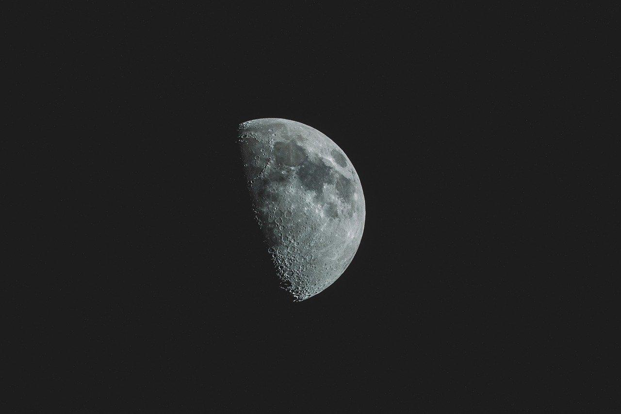 Comment la Lune influence les émissions de méthane terrestres