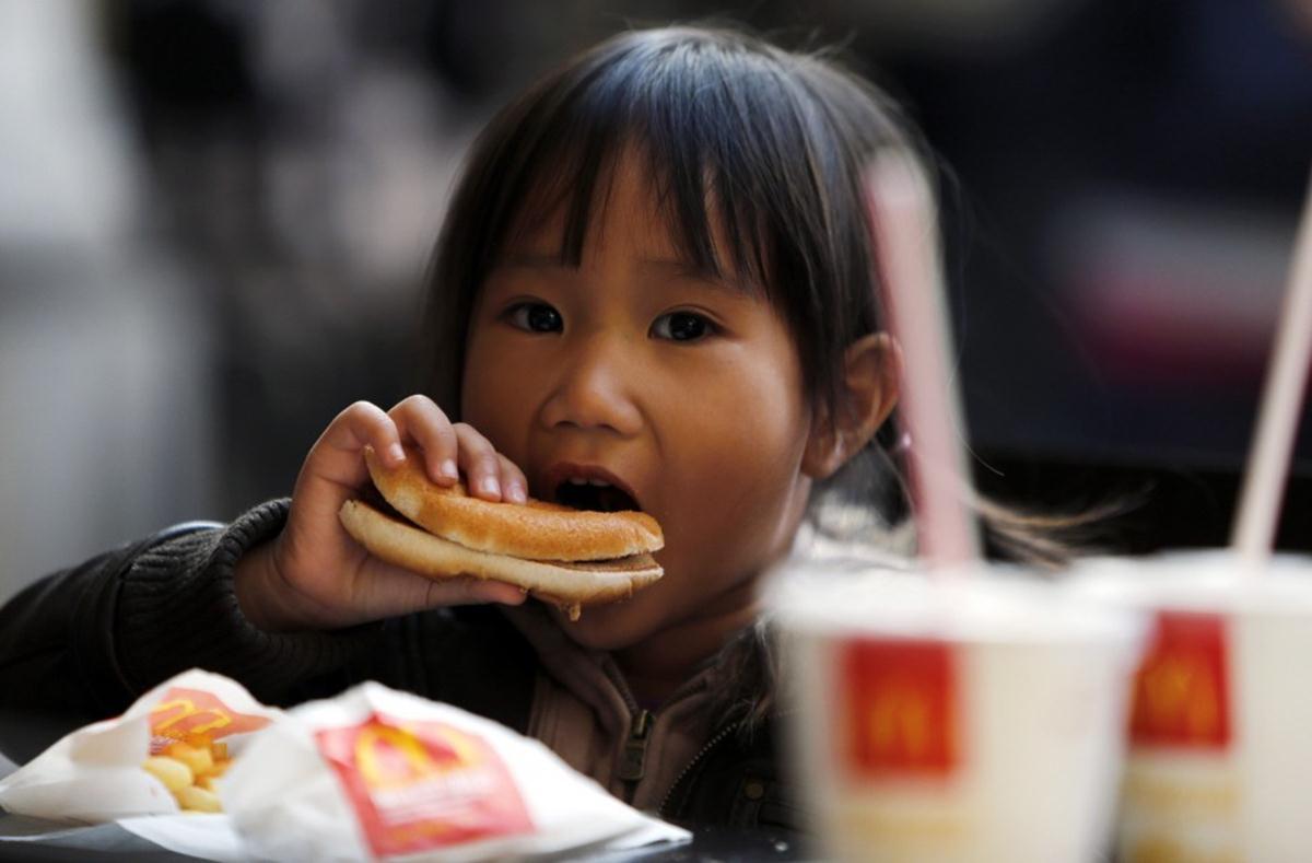 Les taux de cholestérol diminuent à l'ouest mais augmentent à l'est