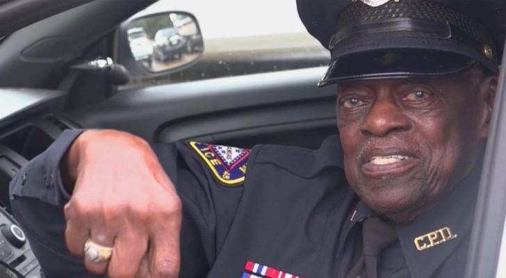 Ce policier de 91 ans est toujours en service et n'a pas l'intention de prendre sa retraite