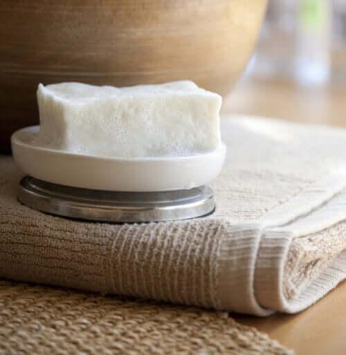 Le savon neutre : à quoi sert-il ? – Améliore ta Santé