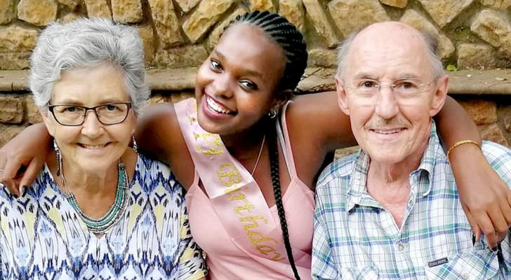 Une fille d'Afrique du Sud est adoptée par un couple de personnes âgées : 'Merci de m'avoir toujours fait sentir aimée'