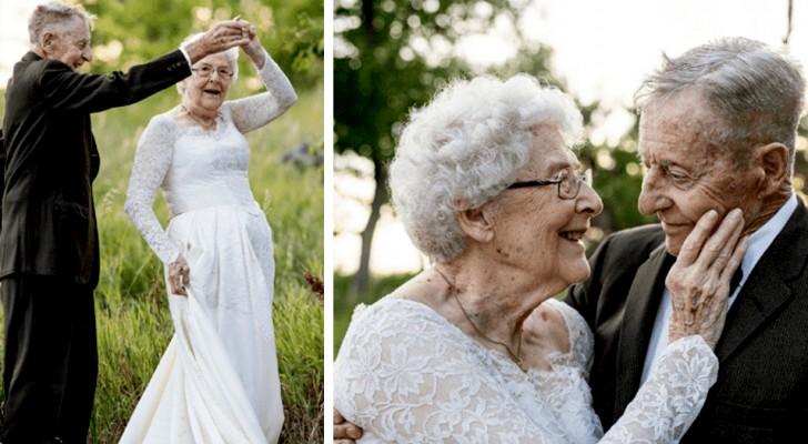 Des octogénaires fêtent leur anniversaire en portant les mêmes vêtements que lors de leur mariage 60 ans plus tôt